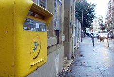 Paris, Landline Phone, Aldo, Watch, Youtube, Design, Montmartre Paris, Clock, Bracelet Watch