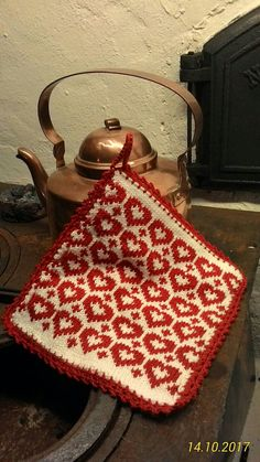 Stickad grytlapp Fair Isle Knitting Patterns, Knitting Charts, Stocking Pattern, Afghan Blanket, Dishcloth, Potholders, Double Knitting, Red Christmas, Clean House