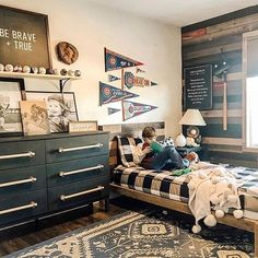 """I think """"scored"""" big time when she created this baseball themed room for her son! ⚾ Look how neat and tidy his bed is too, even with him laying on top of it reading. That's one of the great things about Beddy's! No more messy beds! Big Boy Bedrooms, Boys Bedroom Decor, Baby Boy Rooms, Toddler Rooms, Girl Rooms, Master Bedroom, Toddler Bed, Vintage Baseball Room, Beddys Bedding"""
