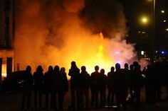 Tens of thousands of opponents of the airport project turned out in Nantes on Saturday for a protest which degenerated into violent clashes between several hundred of them and riot police. Aviation News, Riot Police, Weekend Is Over, Affair, Photo Galleries, Thailand, French, Shit Happens, Concert