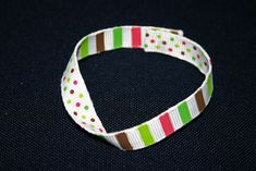 How to make a fun and easy mobius bracelet using grosgrain ribbon.