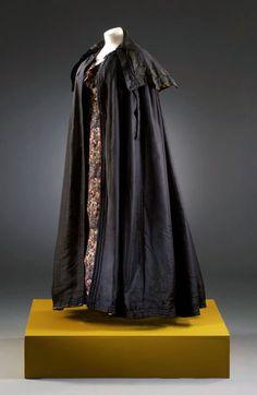 Black silk cloak, English, c. 1804-1808. From museumofcostume.co.uk