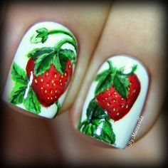 Strawberry Nails by Instagrammer @maravilla_88