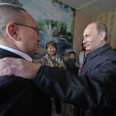Путин заявил, что завидует муниципальным чиновникам