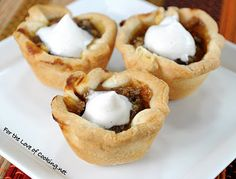 For the Love of Cooking » Mini Pumpkin Tartlets with Homemade Cinnamon Whipped Cream