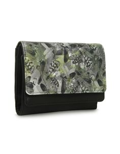 LW Smoothy Bindas Black - A functionally versatile black wallet by Baggit