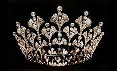 Bouchrone! The Queen Mother's coronet 1901.