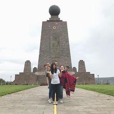 Hey from the equator! #ecuador