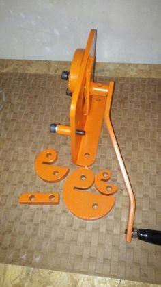 Metal Bending Tools, Metal Working Tools, Metal Tools, Work Tools, Metal Projects, Welding Projects, Homemade Tools, Diy Tools, Metal Bender