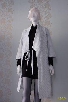 korean outfits looks stunning! Korean Traditional Dress, Traditional Dresses, Japanese Outfits, Korean Outfits, Kimono Fashion, Fashion Outfits, Fashion Ideas, Modern Hanbok, Mode Glamour