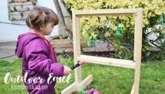 DIY Outdoor Easel