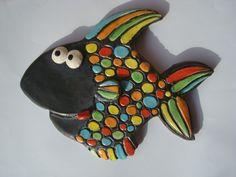 Poisson noir en céramique émaillé multicolore, à la manière d'une mosaïque : Décorations murales par crisland