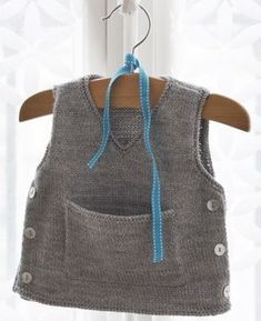 Baby Knitting Patterns Sweaters That spelling is a lot of little man vests and cardigans. Baby Knitting Patterns, Knitting For Kids, Baby Patterns, Hand Knitting, Crochet Baby, Knit Crochet, Tricot Baby, Pull Bebe, Cardigan Pattern