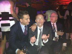 Henry com seu pai Colin e seu irmão Charlie!!! #AlwaysHenryCavill