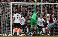 Manchester United reject cut-price Real Madrid offer for De Gea - roundup   GiveMeSport