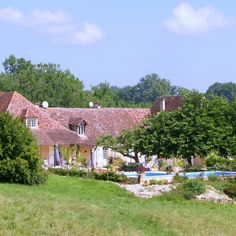 Toby, Marty and Missi want reliable caring sitters to help us look after our beautiful restored farmhouse with pool in the Dordogne | TrustedHousesitters.com