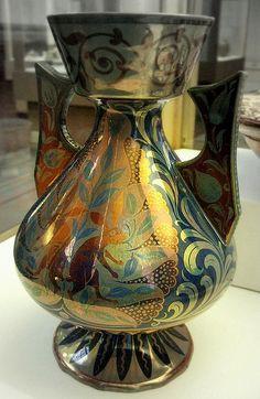William De Morgan - Vase