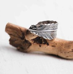 Silver FEATHER Ring Romantic Vintage Style by redtruckdesigns