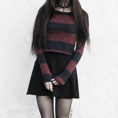 Reminds me of Marceline the vampire queen