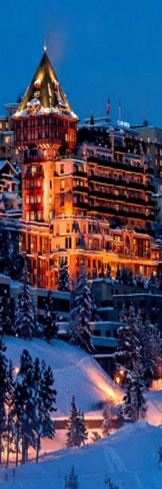 The Badrutt& Palace Hotel is an historic luxury hotel in St. Switzerland Hotels, Switzerland Vacation, Alps Switzerland, Best Ski Resorts, Hotels And Resorts, Luxury Hotels, Zermatt, Beautiful Hotels, Beautiful Places