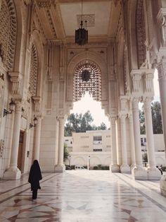 À la grande Mosquée de Constantine, Algérie