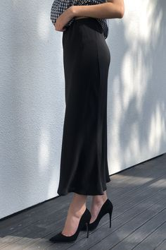 Slinky Skirt in Black Slip Skirts, Body Shapes, One Shoulder, Size 10, Silk, How To Wear, Collection, Black, Dresses