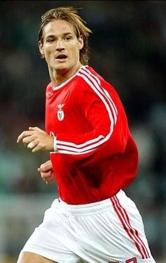 Miklós Fehér - S.L.Benfica (died on the field in Guimarães)