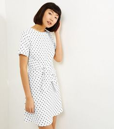 Wholesale White Spot Print Tie Waist Short Sleeve Dress Sale 2045.jpg (617×700)