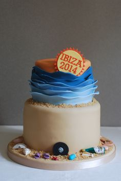 Don't get mad, but you're probably reading this while I'm on a boat in Ibiza. 18th Birthday Cake Designs, Ibiza Party, Party Central, Party Cakes, Party Ideas, Sweets, Desserts, Food Cakes, Kuchen
