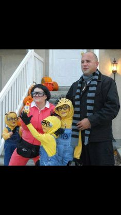 Despicable Me!! How cute is this family????