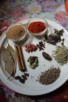 I never use biryani masala powder when i make biryaniI normally use my regular spice powders like chilli coriander garam masala and Masala Powder Recipe, Masala Recipe, Homemade Spices, Homemade Seasonings, Masala Spice, Garam Masala, Veg Recipes, Indian Food Recipes, Recipies