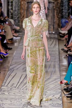 Valentino Fall 2011 Couture Collection Photos - Vogue