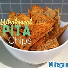 A great idea if you are having guests around the house thanks to @Health & Fitness ✌️ i love to add spices to them for different flavours! The recipe for these wholemeal pita chips can be found on her page! Enjoy  xx #Padgram