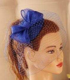 Azul real Fascinator - sombrero azul marino. Velo del birdcage azul, de novia, Coctail sombrero