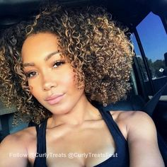 Tips For Changing Your Hairstyle – Hair Wonders Mixed Girl Curly Hair, Thick Curly Hair, Mixed Hair, Curly Hair Styles, Natural Hair Styles, Natural Beauty, Curly Girl, Natural Hair Highlights, Black Hair With Highlights