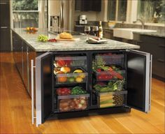 Freezer island kitchen....want, part of my dream kitchen!