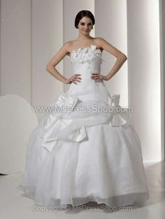 Ball Gown Strapless Organza Floor-length Bow Wedding Dresses -$256.79