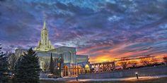 Bountiful, Utah LDS Temple.  Spires of Zion
