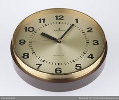 DigitaltMuseum - Klokke Junghans, Digital Clocks, Quartz, Decor, Pictures, Decoration, Decorating, Digital Watch, Deco