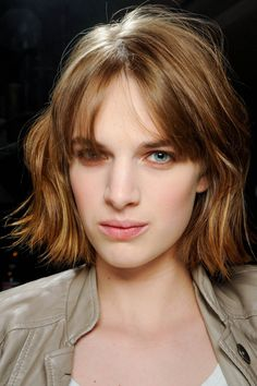 39 short haircuts to inspire you for summer gallery - Vogue Australia