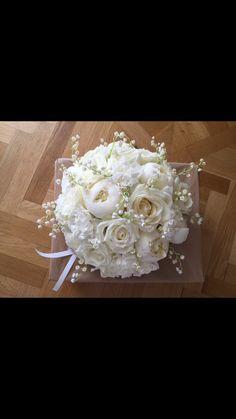 Brudbukett med pioner, rosor, nejlikor och liljekonvalj!