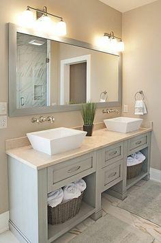 Cool badezimmer deko badgestaltung in hellgrau mit beleuchtung pflanze