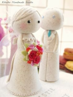 "https://flic.kr/p/ah66qN | Wedding Cake Topper-love bride and groom with sweet heart - Couple | This listing is for custom Handmade bride and groom with sweet heart . The bride and groom stands approx. 11cm tall . Sweet heart approx 4"" width if you have time ,please to visit our Etsy shop^^ <a href=""http://www.etsy.com/shop/kikuike?section_id=6281971"" rel=""nofollow"">www.etsy.com/shop/kikuike?section_id=6281971</a> thank you so much:D"