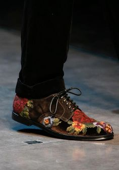 Blucher con bordados de flores barrocas, de Dolce & Gabbana