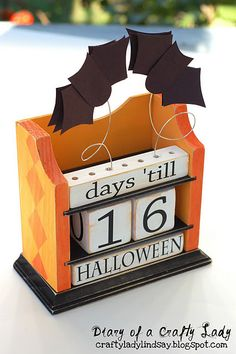 Halloween countdown... look @Tavata Sosa perfect for you since you can't wait for Halloween :)