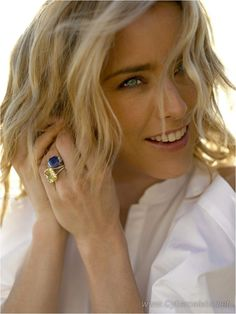Tea Leoni. One of my favorite actresses. Probably the hottest woamn on TV these day (Madam Secretary).