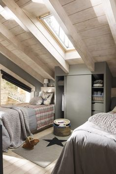 〚 Cozy wooden house in the middle of forest in Spain 〛 ◾ Photos ◾Ideas◾ Design Cottage Interiors, Cottage Homes, Home Bedroom, Bedroom Decor, Forest House, Wooden House, Design Case, Cozy House, Home Furniture