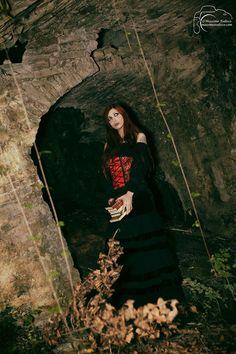 Gothic Victorian Girl