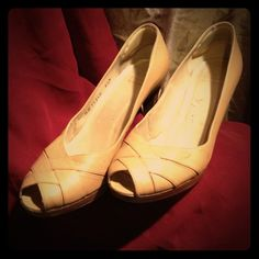 Stuart Weitzman Tan Pumps Size 8.5M Stuart Weitzman tan peep-toe pumps.  Very little wear. Perfect neutral  color for spring, they go with everything! Stuart Weitzman Shoes Heels