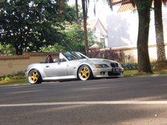 """BMW Z3 Roadster from Indonesia w/ Hamann PG1 OZ 3pcs """"18 - StanceWorks"""